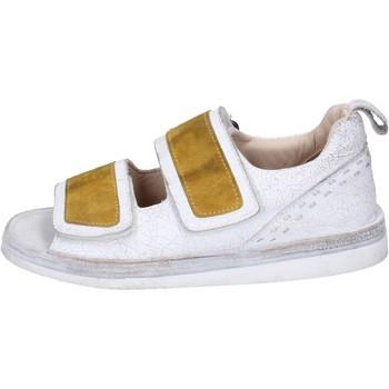 Pantofi Femei Sandale  Moma BH312 Alb