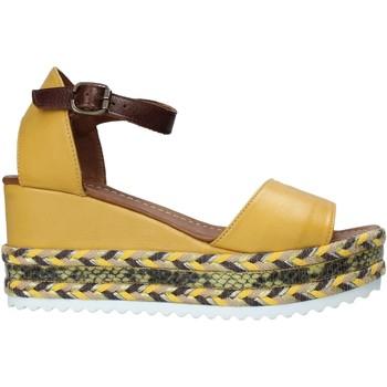 Pantofi Femei Sandale  Bueno Shoes 21WQ6000 Galben