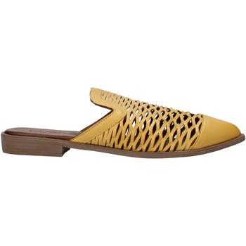 Pantofi Femei Saboti Bueno Shoes 21WN0103 Galben