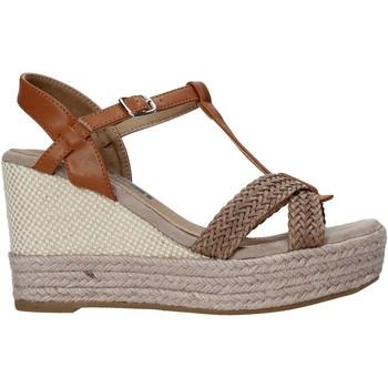 Pantofi Femei Sandale  Refresh 72661 Maro