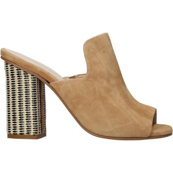 Pantofi Femei Papuci de vară Carmens Padova 41489 Maro