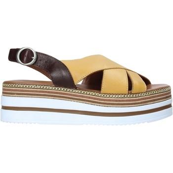 Pantofi Femei Sandale  Bueno Shoes 21WS5704 Galben