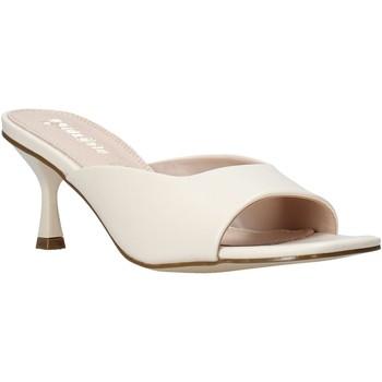 Pantofi Femei Papuci de vară Gold&gold A21 GY217 Alb