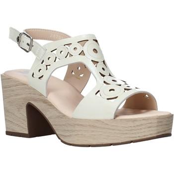 Pantofi Femei Sandale  CallagHan 28701 Bej