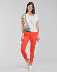 Îmbracaminte Femei Pantalon 5 buzunare Desigual ALBA Roșu