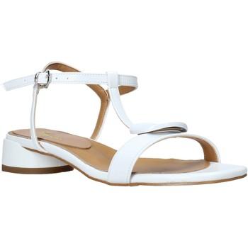 Pantofi Femei Sandale  Grace Shoes 971002 Alb