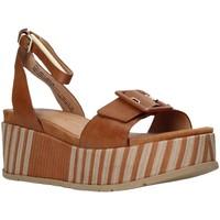 Pantofi Femei Sandale  Marco Tozzi 2-2-28513-26 Maro
