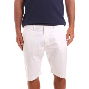 Îmbracaminte Bărbați Pantaloni scurti și Bermuda Sseinse PB739SS Alb