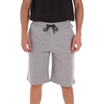 Îmbracaminte Bărbați Pantaloni scurti și Bermuda Ciesse Piumini 215CPMP71415 C4410X Gri