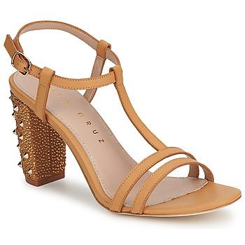 Pantofi Femei Pantofi cu toc Lola Cruz STUDDED Bej / Tan