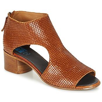 Pantofi Femei Sandale și Sandale cu talpă  joasă Moma JOBADA Maro