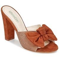 Pantofi Femei Papuci de vară Paco Gil BRAZIL Maro