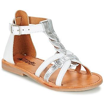 Pantofi Fete Sandale și Sandale cu talpă  joasă Citrouille et Compagnie GITANOLO Alb / Argintiu