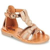 Pantofi Fete Sandale și Sandale cu talpă  joasă Citrouille et Compagnie GITANOLO Bej / Alamă