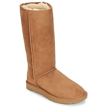 Pantofi Femei Cizme casual UGG CLASSIC TALL II Maro