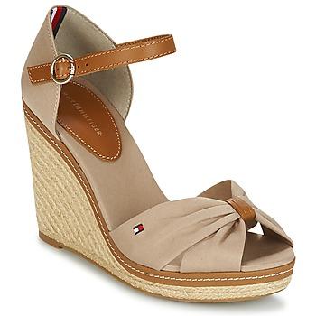 Pantofi Femei Sandale  Tommy Hilfiger ICONIC ELENA SANDAL Bej