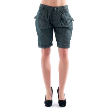 Îmbracaminte Femei Pantaloni scurti și Bermuda Amy Gee AMY04303 Gris