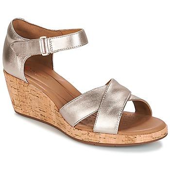 Încăltăminte Femei Sandale și Sandale cu talpă  joasă Clarks UN PLAZA CROSS Auriu