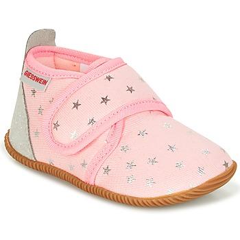 Pantofi Fete Papuci de casă Giesswein SALSACH Roz