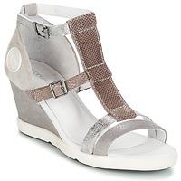 Pantofi Femei Sandale  Pataugas WAMI-F2B Gri