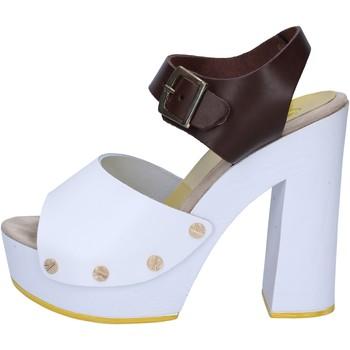 Pantofi Femei Sandale  Suky Brand sandali marrone pelle bianco AC486 marrone