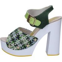Pantofi Femei Sandale  Suky Brand sandali verde tessuto vernice AC489 Verde