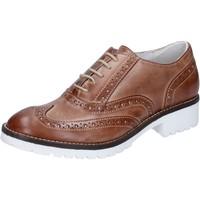 Pantofi Femei Pantofi Oxford Crown Clasic BZ932 Maro