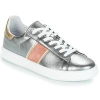 Încăltăminte Femei Pantofi sport Casual André FRISBEE Argintiu
