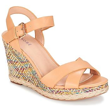 Pantofi Femei Sandale și Sandale cu talpă  joasă André ANTARES Nude