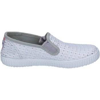 Pantofi Femei Pantofi Slip on Cienta slip on bianco tessuto argento profumate BX350 Bianco