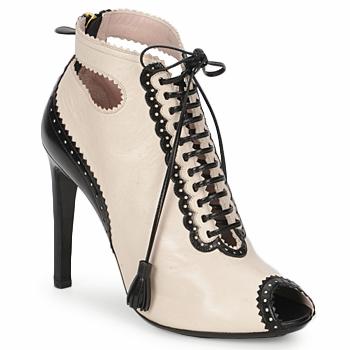 Pantofi Femei Botine Moschino MA1602A Bej